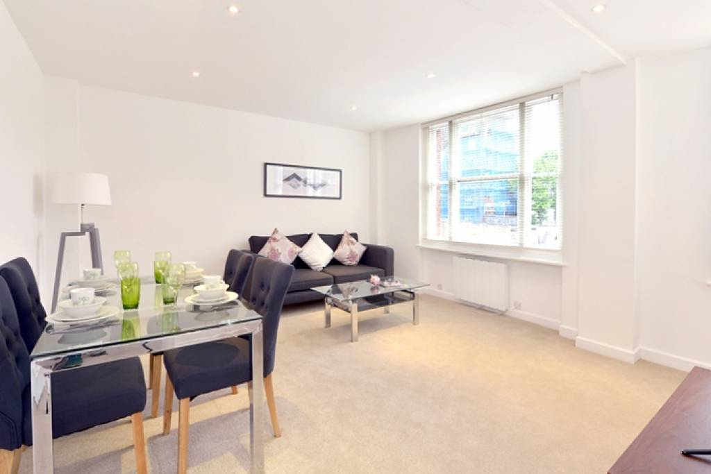 Flat 44, 39 Hill Street, London, W1J 5LZ -  Image 1
