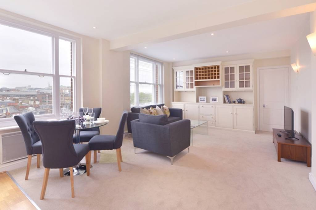 Flat 72, 39 Hill Street, Mayfair, London, W1J 5NA -  Image 1