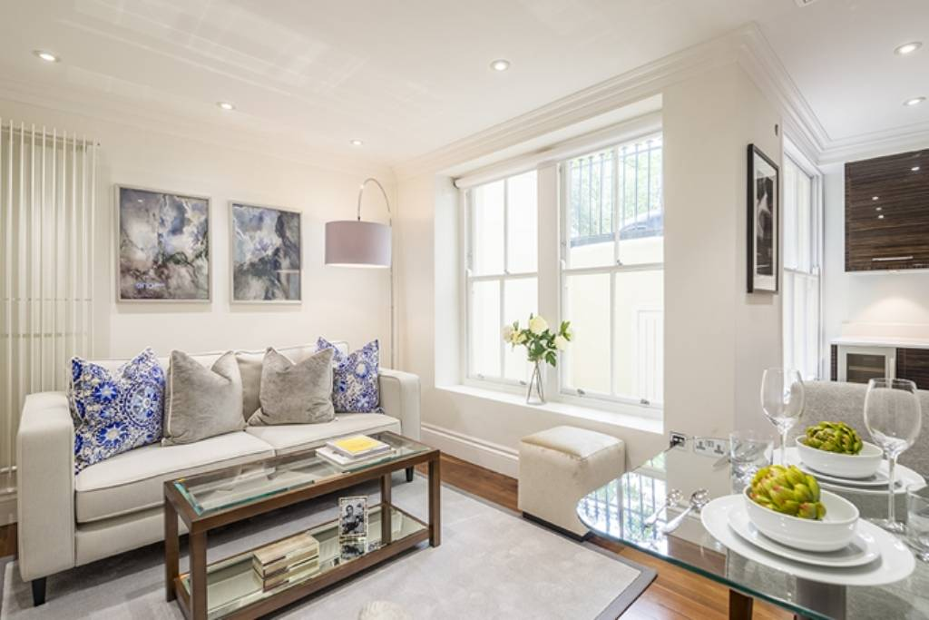 Flat B7, Garden House, 86-92 Kensington Gardens Square, London, W2 4BB -  Image 1