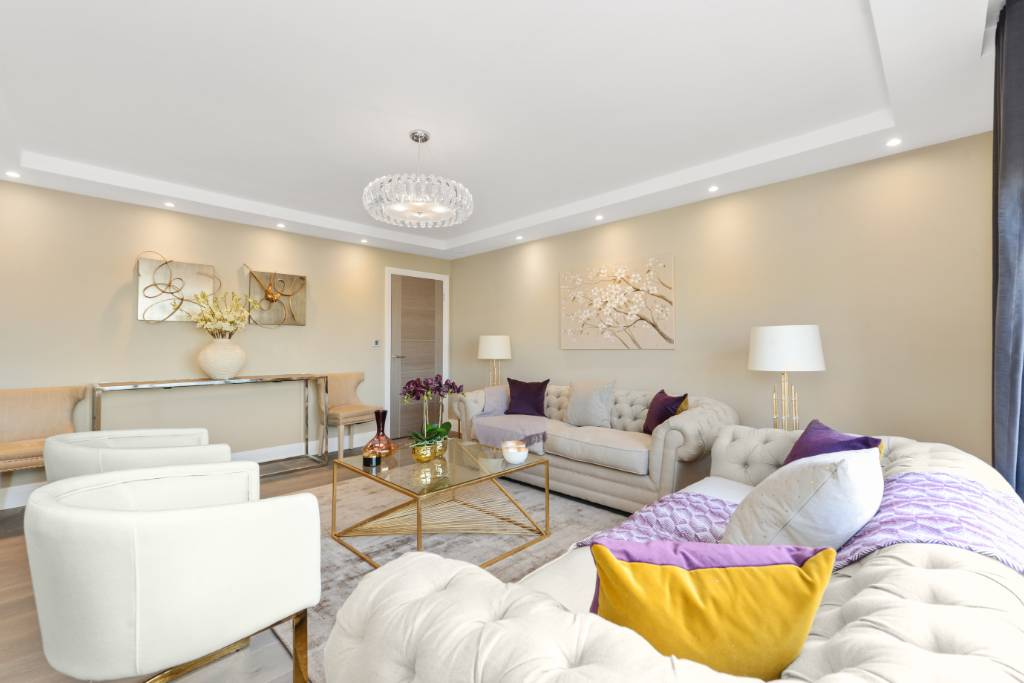 Flat 100, Boydell Court, St Johns Wood Park, NW8 6NL -  Image 1