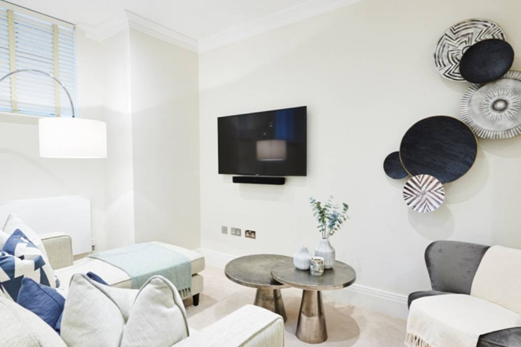 8 Palace Wharf Apartments, Rainville Road, London, W6 9UF -  Image 1